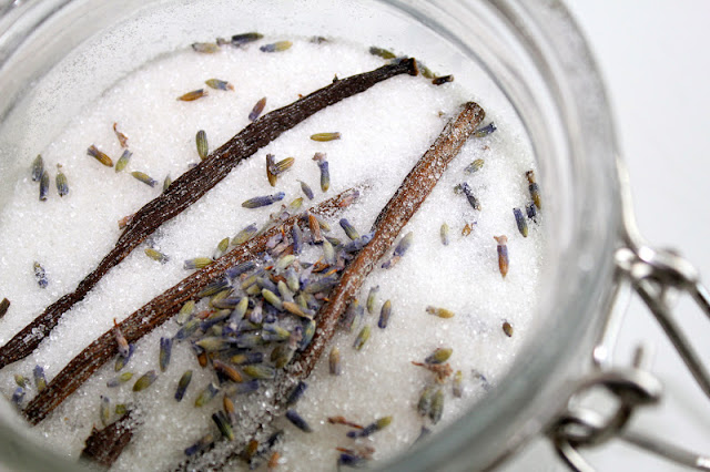 How To: Vanilla Lavender Sugar Recipe