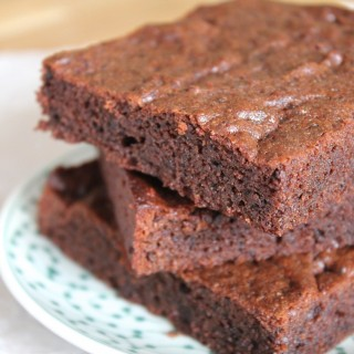 easy paleo brownies / thanksforthefood.com